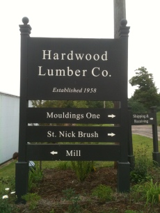 Hardwood Lumber Co. sign