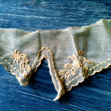 A beautiful lace collar -- I have much trouble throwing out antique textiles...