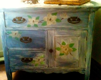 pretty washstand painted in nineties blue stenciled with nineties flowers