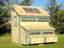 this glamorous chicken coop!