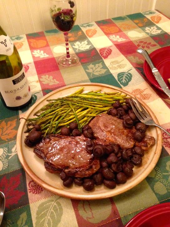 steak, burgundy mushrooms, asparagus