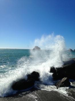 Pacific crashing waves